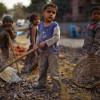 Индийские школьники избили учителей за некачественный обед