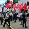 Евромайдановцы с утра пикетируют Захарченка
