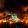 Силовики продолжают попытки зачистить Майдан, баррикады горят
