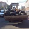В Киеве начали разбирать баррикады на Крещатике (ФОТО)