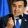 Украинские чиновники либо святые, либо все воруют – Саакашвили