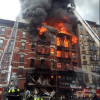 На Манхэттене произошел мощный взрыв: спасатели ищут людей под завалами