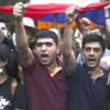Один из митингующих в Ереване зашил себе рот