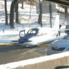 В Нью-Йорке на оживленную трассу сел самолет (ФОТО)