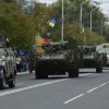 В Мариуполе праздновали день города. Прошел военный парад и марш вышиванок (ВИДЕО)