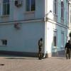 Здание Меджлиса в Симферополе блокируют судебные приставы