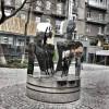 Возле метро «Крещатик» появилась новая скульптура