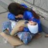 В Киеве попрошаек подвозит на работу «свой бус»