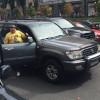 Владельцы МАФов частично перекрыли Крещатик своими джипами