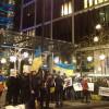 Ахметову несколько десятков активистов устроили Евромайдан в Лондоне под его домом. ФОТО