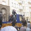 Банковую «штурмовали» на заказ «свои» провокаторы, подтверждение на Видео