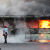 Почти вся спецтехника милиции на Грушевского сожжена
