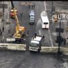 Власть ограждается от народа, на Грушевского строят железобетонную баррикаду (ФОТО)