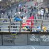 В центре Киева часть баррикад убрали, часть – облагородили