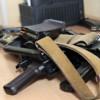 Неизвестные в Донецке вынесли из зданий госохраны МВД — 129 автоматов, 430 пистолетов и 14 тыс. боеприпасов