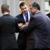 Журналист телеканала «Россия» в наглую пытался взять интервью у Порошенко в Милане (ФОТОФАКТ)