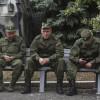 В Луганске пьяные солдаты из России рассказали о приказах Кремля — Financial Times