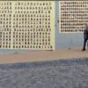 На Андреевском спуске появились сотни фотографий бойцов погибших в зоне АТО (ФОТО)