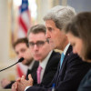 В Киеве проходит встреча Порошенка с госсекретарем США Керри
