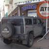 На Подоле внедорожник из России протаранил магазин (ФОТО)