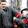 «Единая Россия» выпустит на улицы Москвы «титушек» и казаков