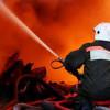 В Киеве горел рынок «Юность»: огонь тушили более часа (ФОТО)