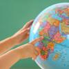 В Латвии изъяли из продажи глобусы с российским Крымом