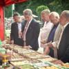 Украинскую делегацию пчеловодов на празднике меда в Польше возглавил Ющенко