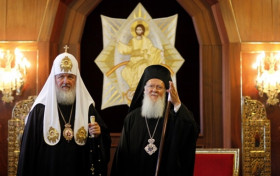 Патриархи Варфоломей и Кирилл встретились в Стамбуле